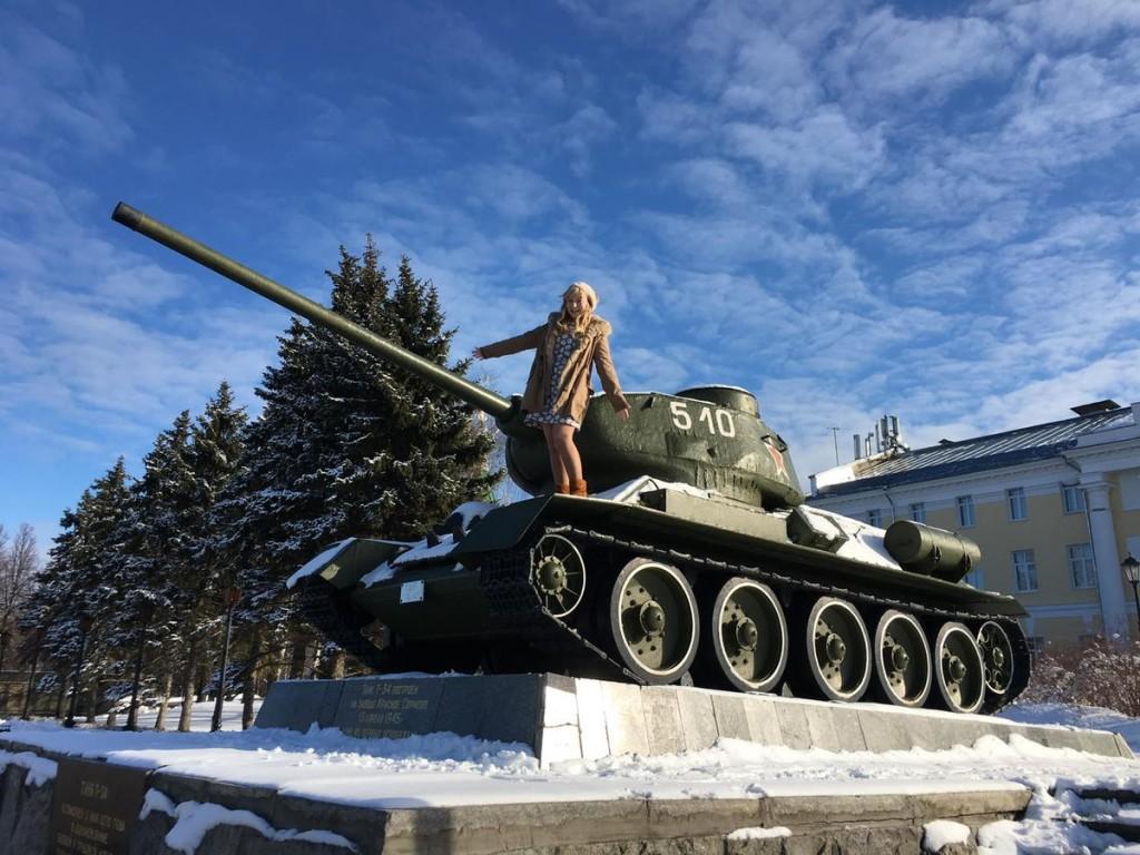 ジェーニャ 戦車