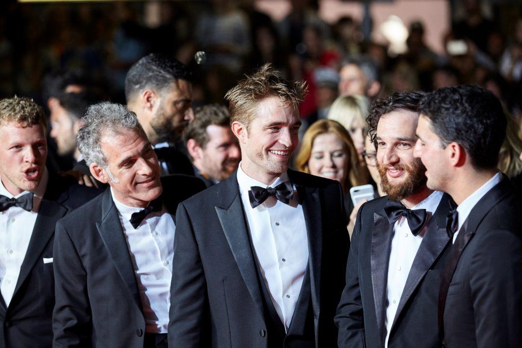ロバート・パティンソンが出席した第70回カンヌ国際映画際のレッドカーペット。