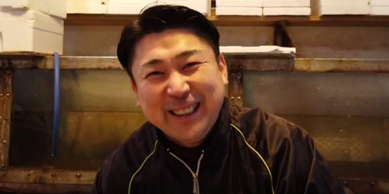 愛知県の魚市場 魚ひろばにいるへんな魚おじさんとは