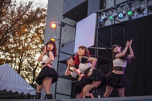 ライブに行きたくなるアイドルまとめ15選!パフォーマンスが凄いアイドルは?