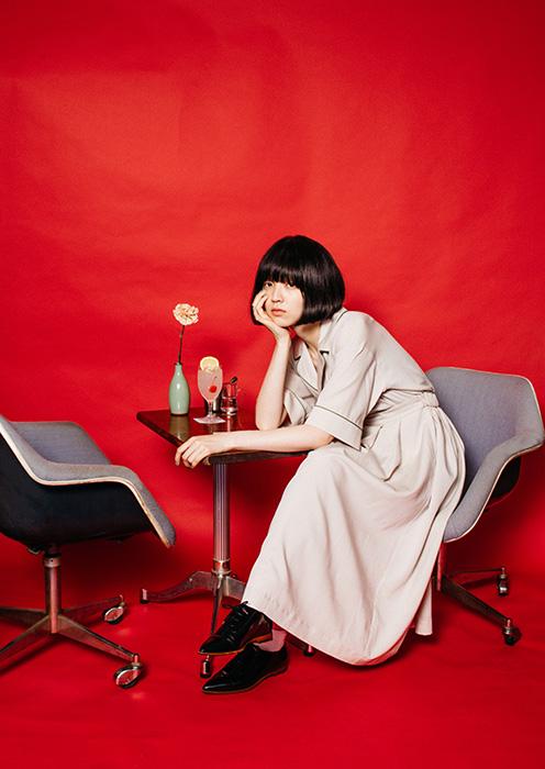 純喫茶好きに捧ぐ、モデル・小谷実由とミツカルストアが商品をプロデュース。
