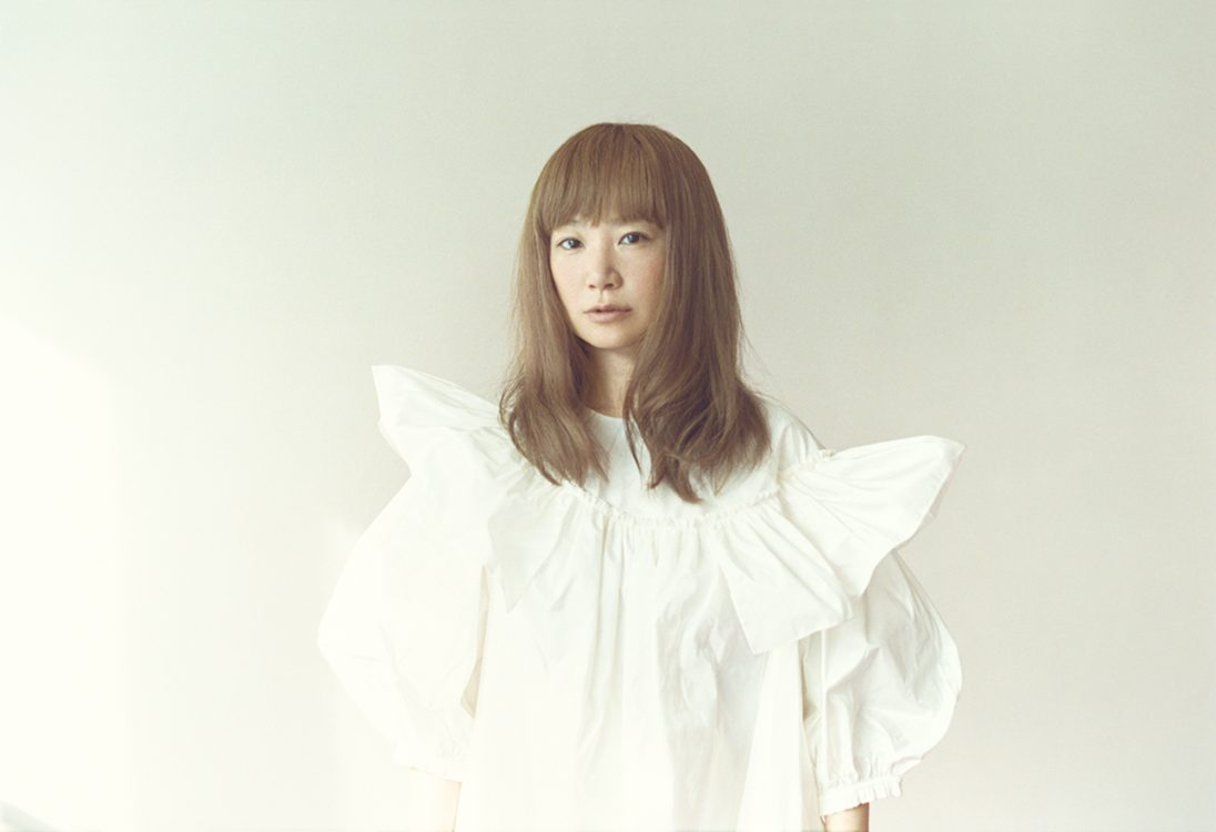 "YUKIの最新作『forme』に見る""音楽界のリヴァイヴァル"""