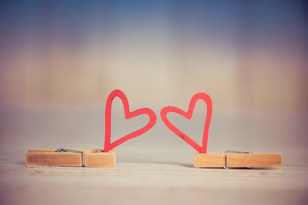 遠距離恋愛を題材にした歌・厳選10曲。心の隙間を埋めてくれる遠恋ソング
